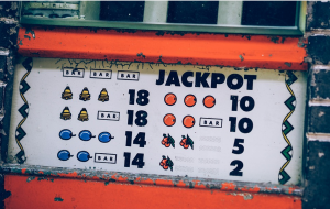 go for the jackpot