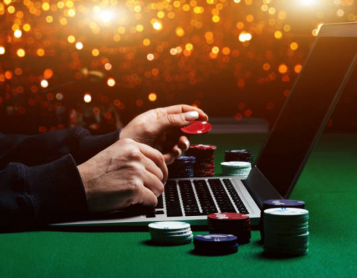 Four Reasons Why People Frequent Online Casinos